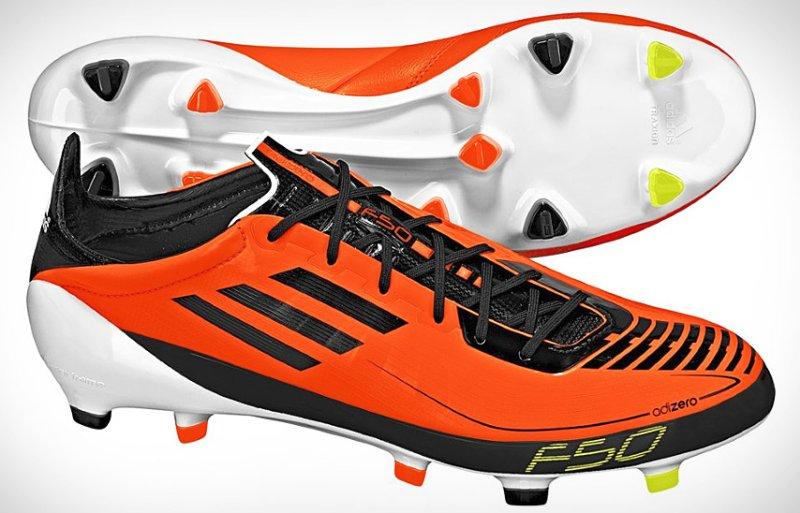 5131359d7eb4 Их главным отличием от других бутс является неимоверная лёгкость.  Однослойная поверхность этой обуви изготовлена из фирменного материала  SprintSkin .